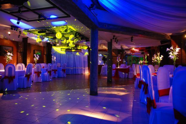 Salones de fiestas de 15 a os imagui for Salones para 15 anos