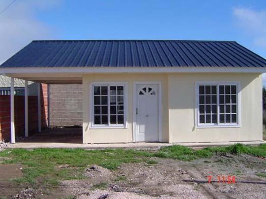Gran casa de 70 m2 sin terreno en san carlos for Frentes de viviendas