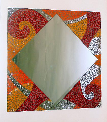 Espejos decorados con mosaicos imagui for Espejos de madera decorados