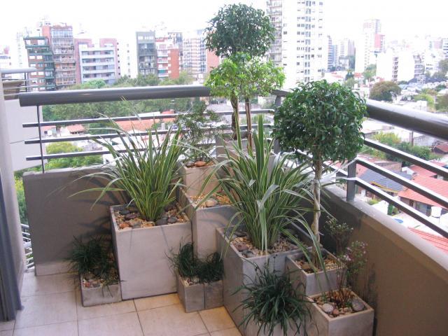 Im genes de jardinero integral en palermo for Jardines verticales en balcones