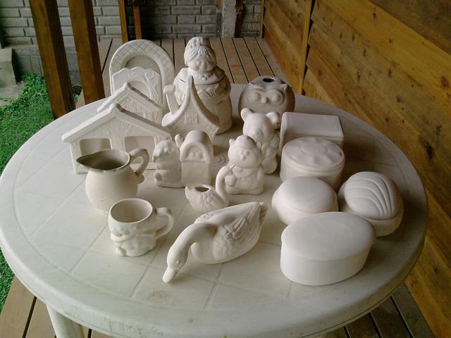 Adornos de ceramica en bizcocho para pintar y pintados en for Bizcochos de ceramica