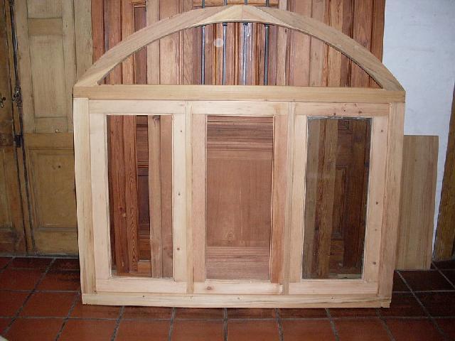 Aberturas antiguas ventana medio punto en ituzaingo for Aberturas antiguas de madera