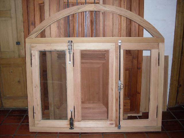 aberturas antiguas ventana medio punto en ituzaingo