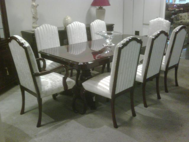 Fabrica de sillas sillones y living de estilo vethas en mor n - Fabricas de sillas en lucena ...
